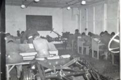 Army Numerical e999917494 p24 Kamp Vught Lt J E DeGuire 21-23 april
